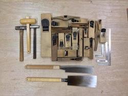 最初は、道具の使い方から。基本が大事といつも言っているだろう!