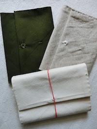 帆布ナチュラル、コットンリネンデニム、帆布カーキの中から、注文時におひとつお選びください。