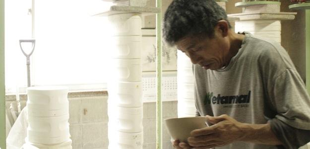 miyama.さんは型を使った鋳込みと呼ばれる製法で約40年。