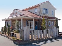 新潟にある本宮さんが経営する、i-d Hair&make for Aroma。オーガニックアロマを使った各種ワークショップを随時実施しています。http://www.i-dhairmake.com