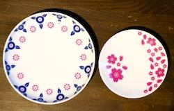 桜や花モチーフの転写紙をご用意しましたので、例えば、こんな感じに。取り皿と豆ざらを各2枚ずつ作ります。