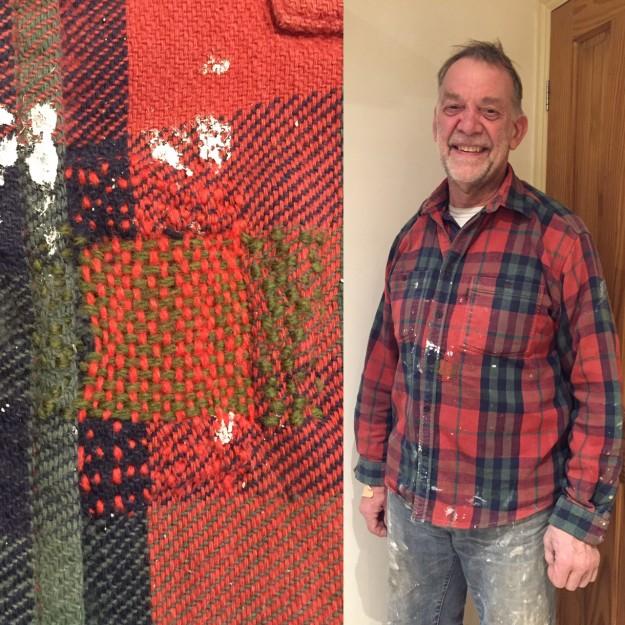 たとえばこんなシャツだって。経糸と緯糸で別々の色を使うことで、地のチェック模様ともしっくりくるニュアンスに。