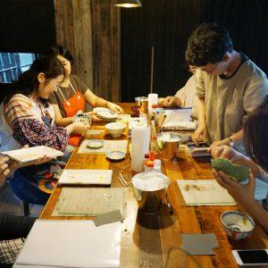 研きの作業中。