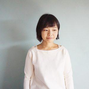 講師の梅澤さん。「初めての金継ぎ」も担当してくれています。