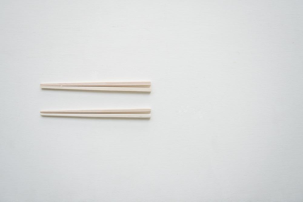 箸。おとなサイズとこどもサイズあります。