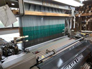 羽田忠織物の織機
