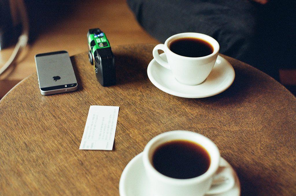 コーヒーを飲みながら嬉しいことを聞かせたり、元気になる話を聞いてくれたり。